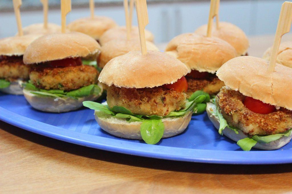 Espectacular hamburguesa vegana de garbanzos y tofu